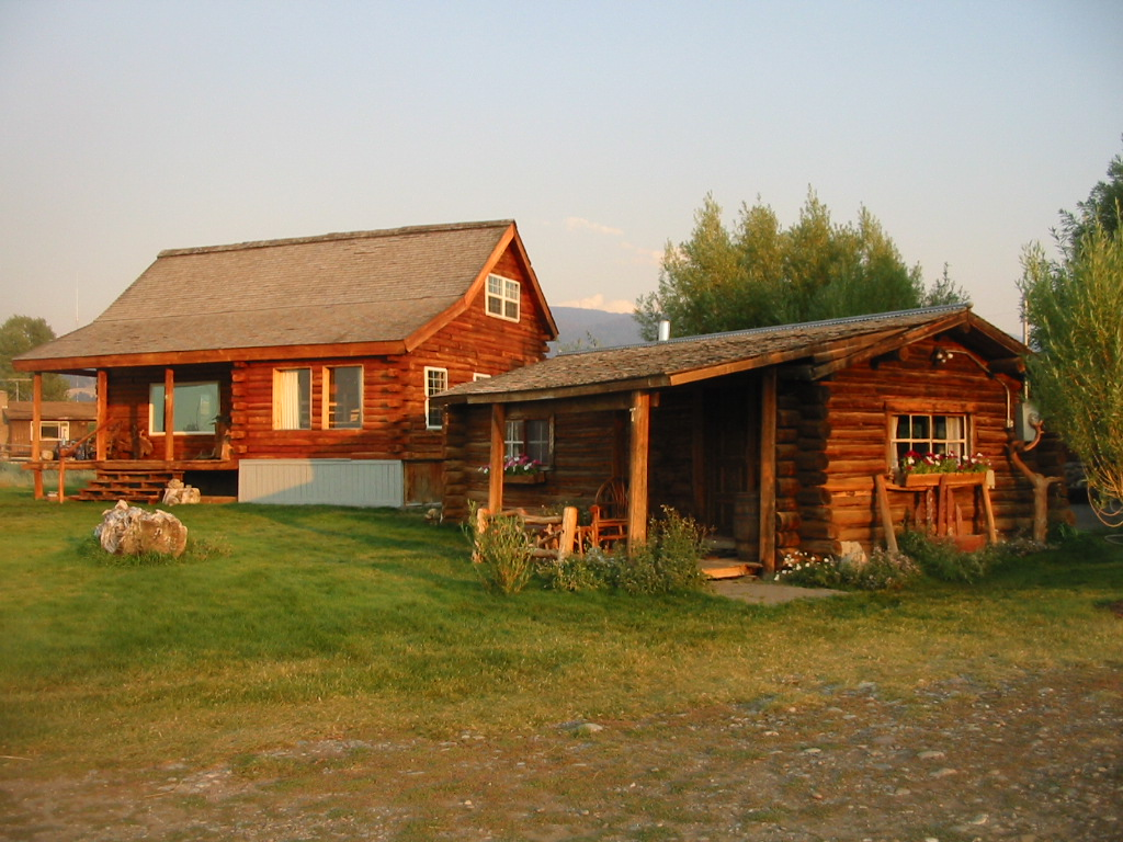 Jackson hole anne kent cabins for Jackson wyoming cabin rentals
